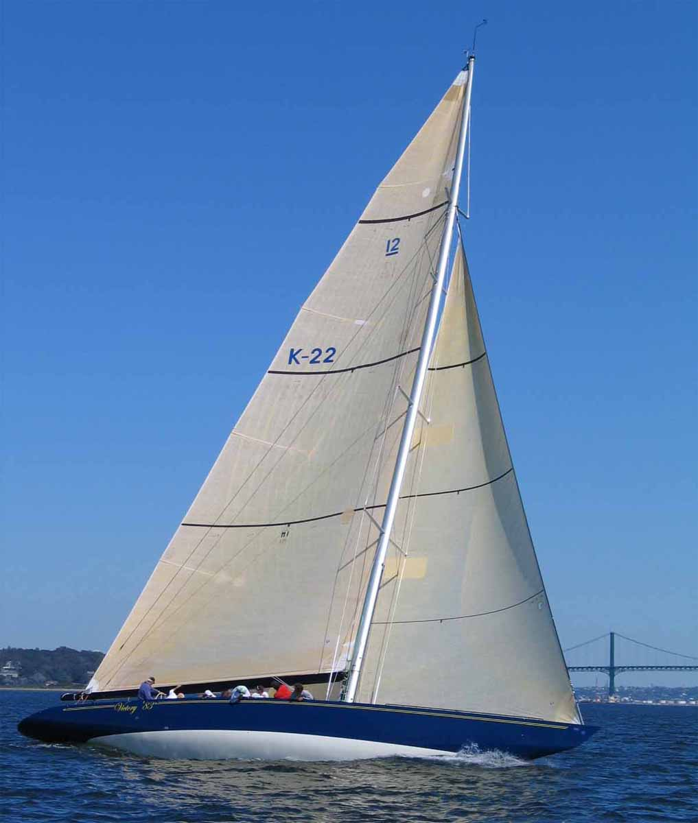 Victory '83, Sailing to Windward